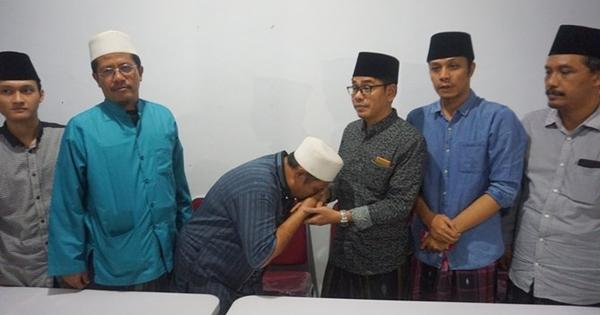 Penyerangan Kiyai Ponpes Al Falah Kediri Hoax, Pelaku Minta Maaf Sambil Menangis