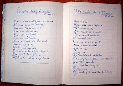 Um dos muitos cadernos de poesia deixados por João Mendes.