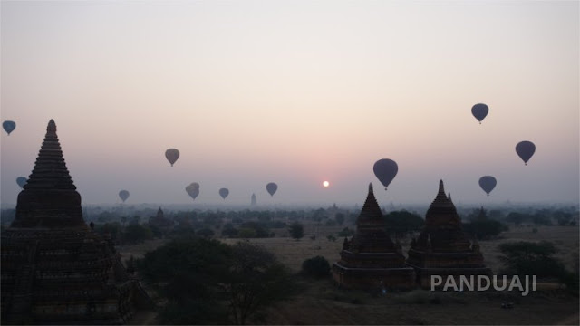Balloon in Bagan