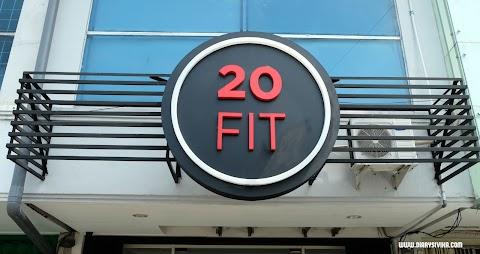 Olahraga Cuma 20 Menit di 20 Fit Surabaya