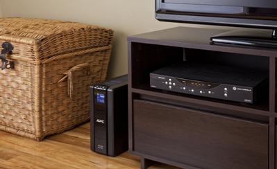 Fungsi utama dari perangkat yang dinamakan  Hal Penting yang Patut Anda Ketahui Sebelum Membeli UPS