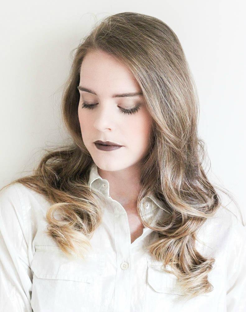 Fall Makeup Ideas, gold smokey eye and a brown lip!