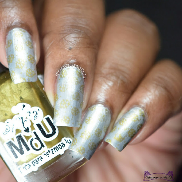 Challenge Your Nail Art Day 1 - Silver & Gold