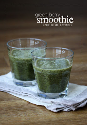 green_berry_smoothie_AIP_Raw_Vegan