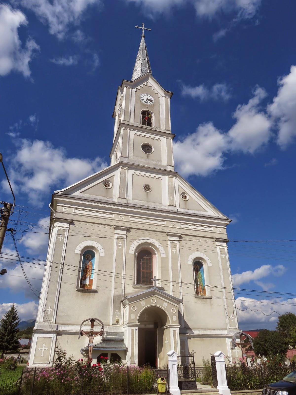 Sangeorz Bai: Biserici, Case parohiale, Centrul de tineret in santier…!