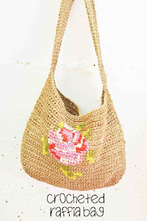 Crocheting With Raffia-A Messenger Bag