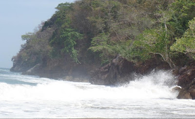 Pantai Nanggelan Jawatimur