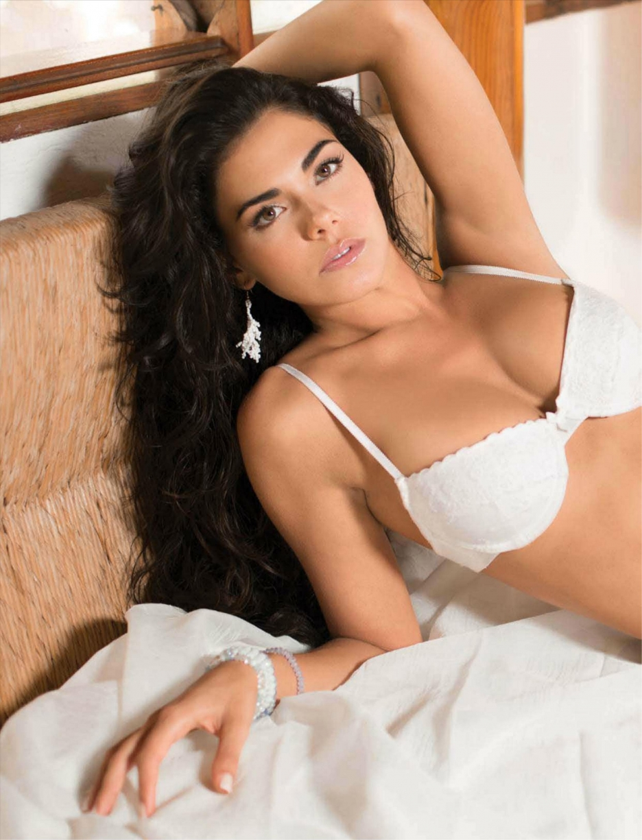 Livia nude