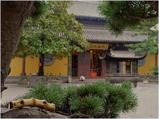 วัดหลงหัวซื่อ (Longhua Temple)