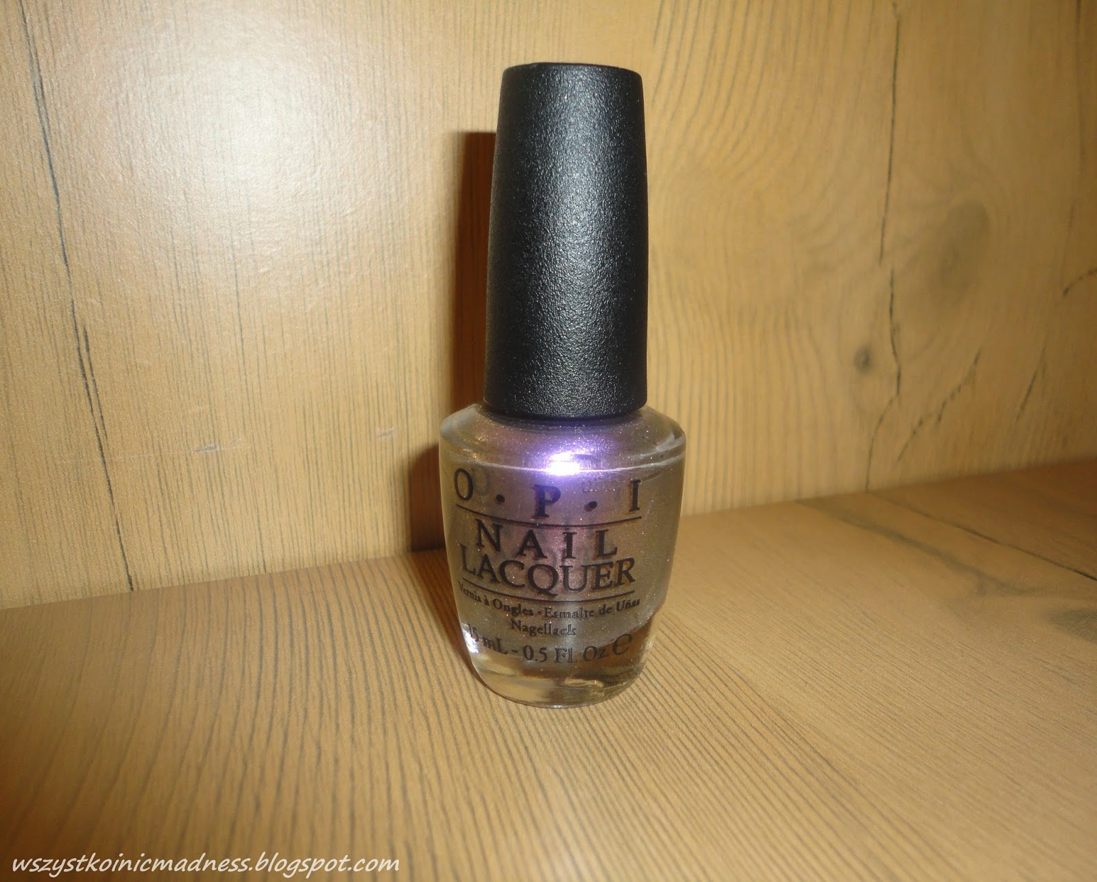 OPI lakier do paznokci Nest Stop The Bikini Zone.