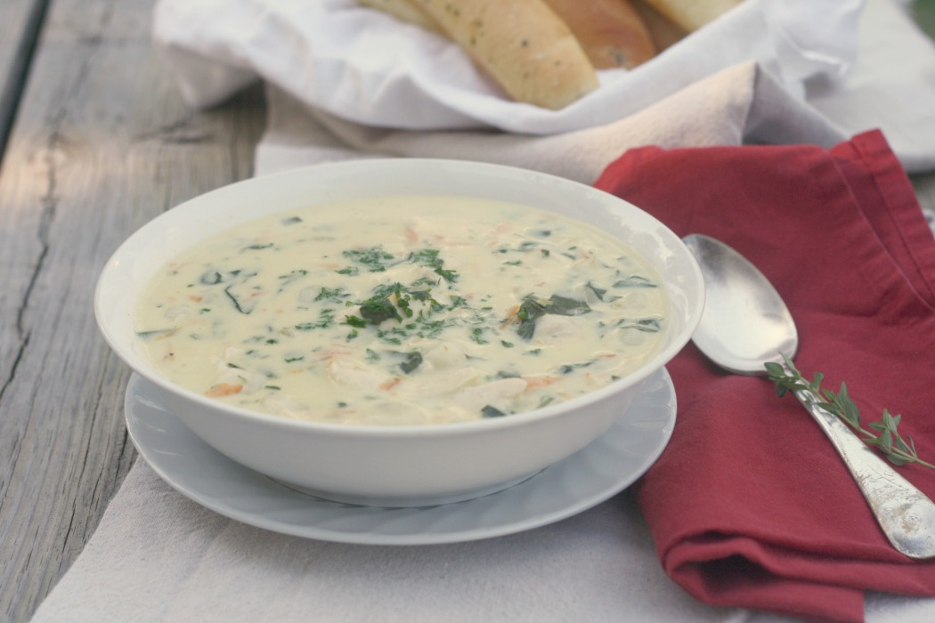 Copycat Olive Garden Chicken Gnocchi Soup Soupswappers All Roads Lead To The Kitchen