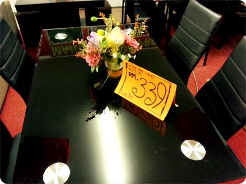 Meja Makan 4 Seats Rm339 Je