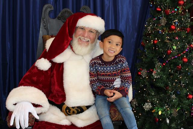 santa, santa photos, christmas