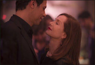 Image of Isabelle Huppert and Laurent Lafitte in Elle (6)
