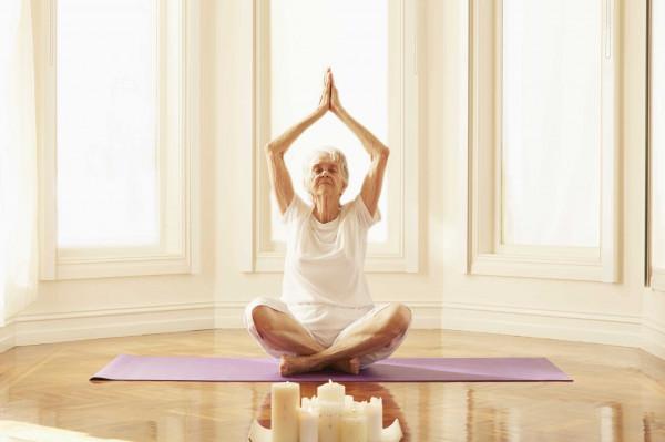 Hiệu quả khi chọn tư thế yoga phù hợp với từng độ tuổi