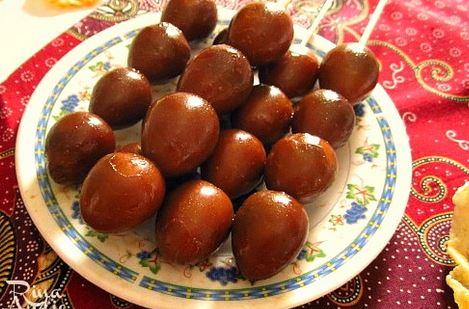 Sate merupakan salah satu olahan Indonesia yang cukup populer hampir di semua kawasan Resep Membuat Sate Telur Puyuh Sederhana Lezat