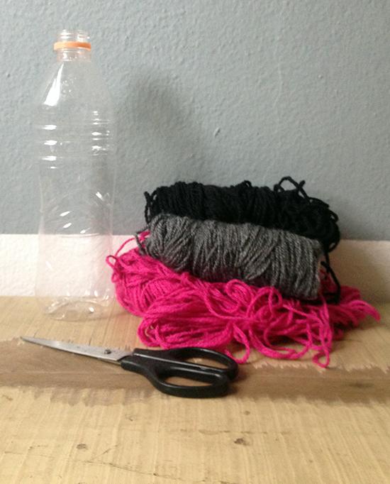 vaso colorido, vaso reciclado, garrafa de água, reciclagem, upcycling, vaso de flo, vaso colorido, decoração, diy, faça você mesmo, a casa eh sua, acasaehsua, home decor, artesanato, craft