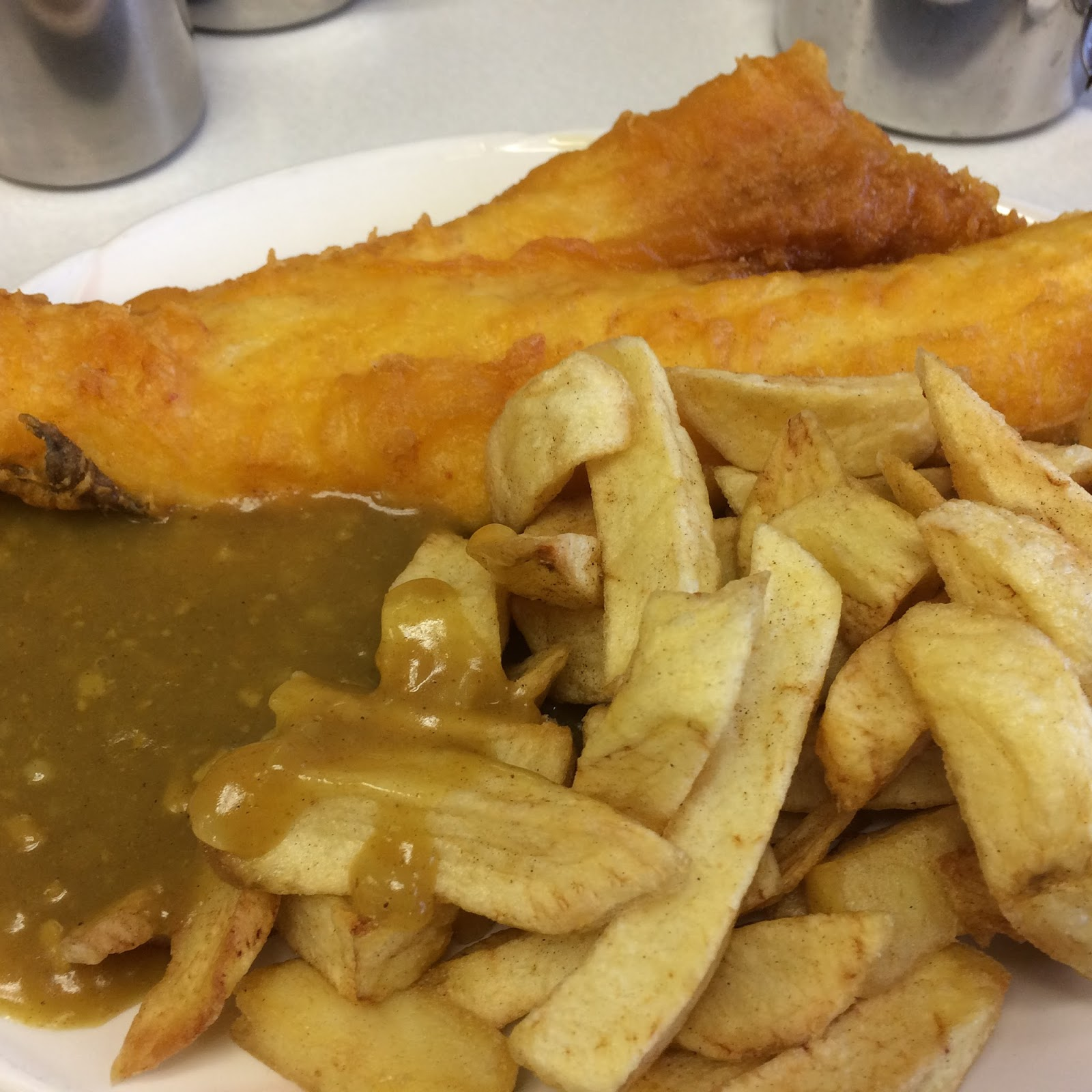 The chip diaries kc fish bar and cafeteria swadlincote for Fish and chips sauce