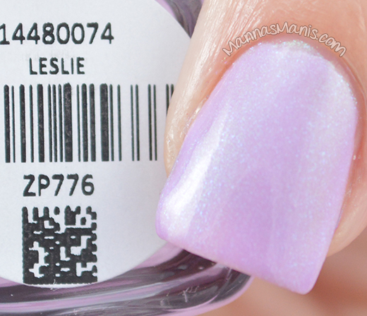 Zoya Delight Leslie swatches