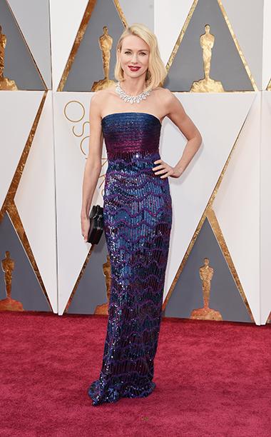 Top 5 das mais vestidas s Óscares 2016 Naomi Watts vestida por Armani