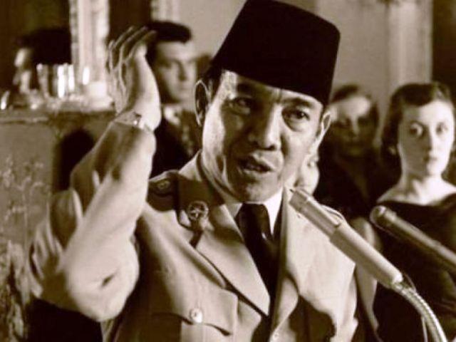 16 Kata kata Mutiara Sakti Ir Soekarno