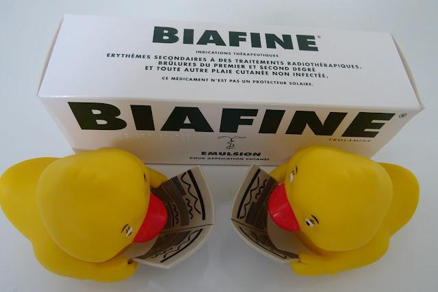 Biafine Emulsion Verpackung mit 2 Badeenten in Gelb