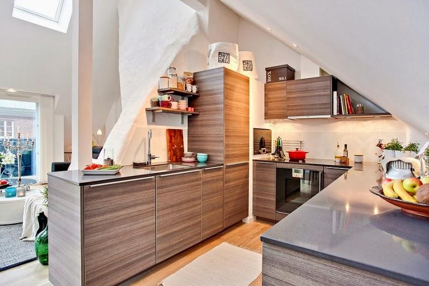 Dwupoziomowy, przestronny apartament w bieli, wystrój wnętrz, wnętrza, urządzanie domu, dekoracje wnętrz, aranżacja wnętrz, inspiracje wnętrz,interior design , dom i wnętrze, aranżacja mieszkania, modne wnętrza, białe wnętrza, wnętrza w bieli, kuchnia
