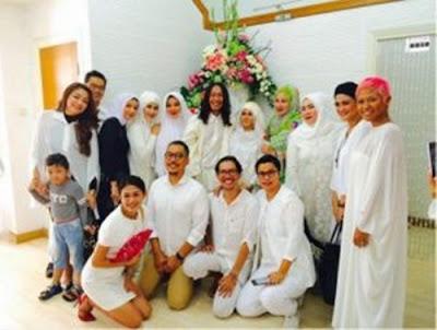Komedian Aming Supriatna dikabarkan telah menikah.
