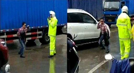 Video Pria Keluarkan Jurus Ular Saat Ditilang Polisi Yang Jadi Viral