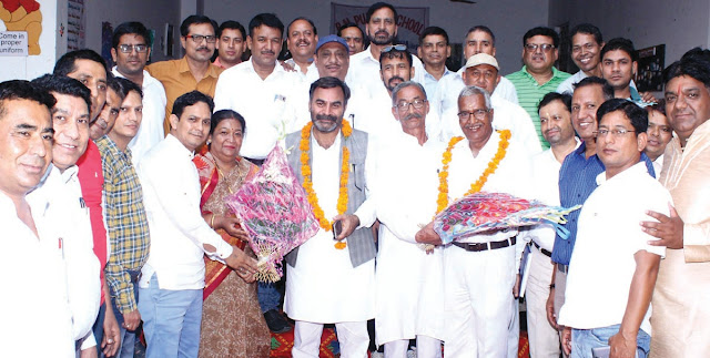 Farhadabad has done the congratulations of the Chief People of Uttarakhand
