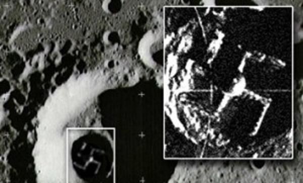 Σβάστιγκα στην σκοτεινή πλευρά της σελήνης!!! ο φόβος και τρόμος των Εβραίων!(και των ψεκασμένων!)