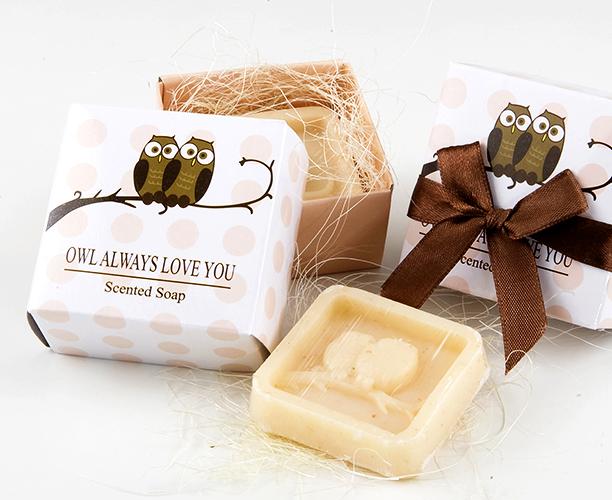 un jabon buhos para regalar a tus invitadas de Boda, Bautizo o Comunion, presentado en caja de regalo lo puedes comprar online