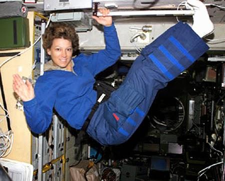Eileen Collins, primeira mulher comandante de missão espacial
