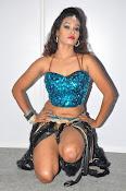 dancer nisha new sizzling pics-thumbnail-20