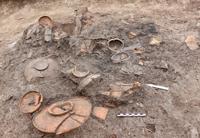 2,400-year-old Greek tomb found in Bulgaria's Sozopol