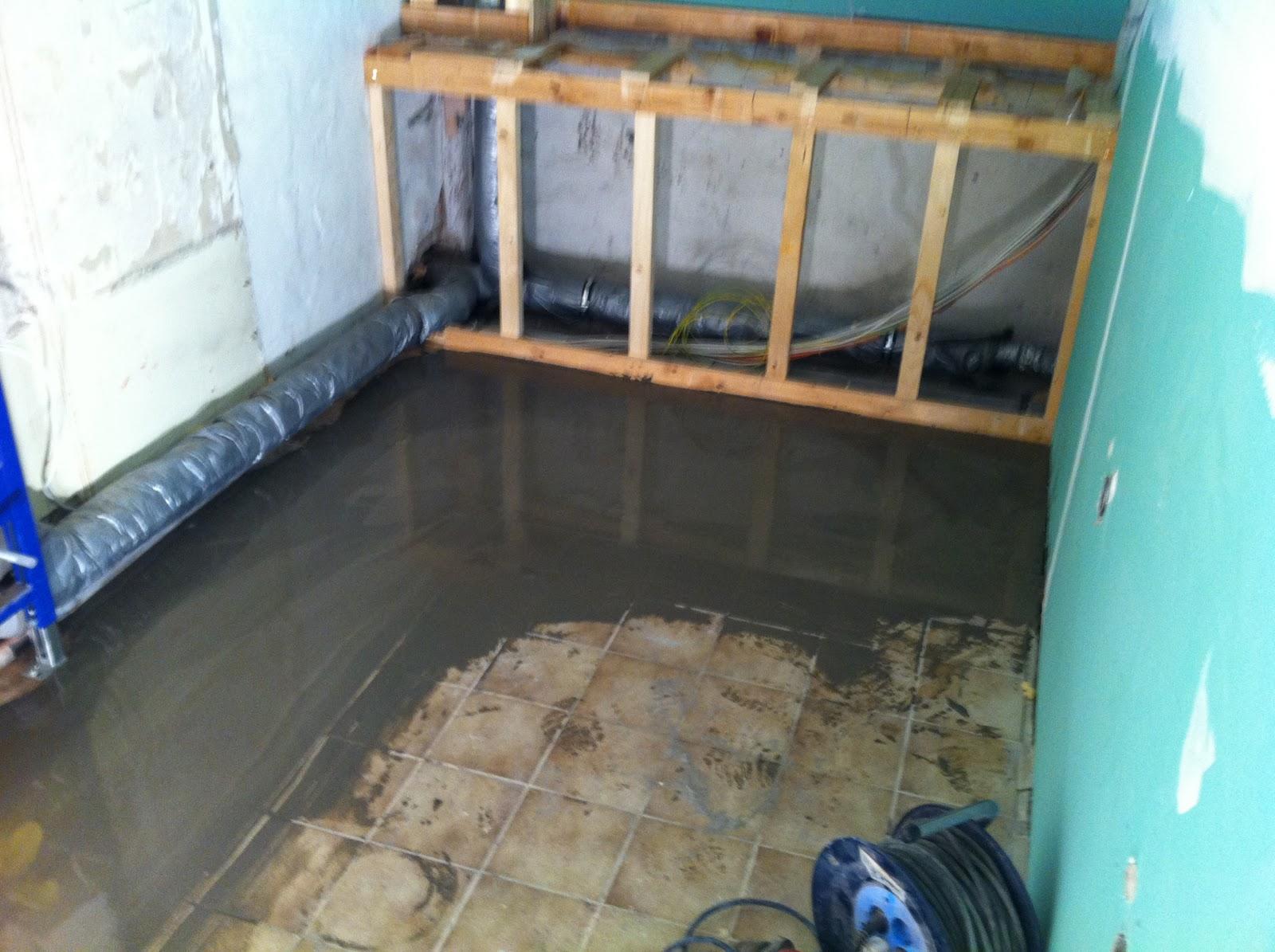 abenteuer renovierung erste rigipsarbeiten im bad. Black Bedroom Furniture Sets. Home Design Ideas