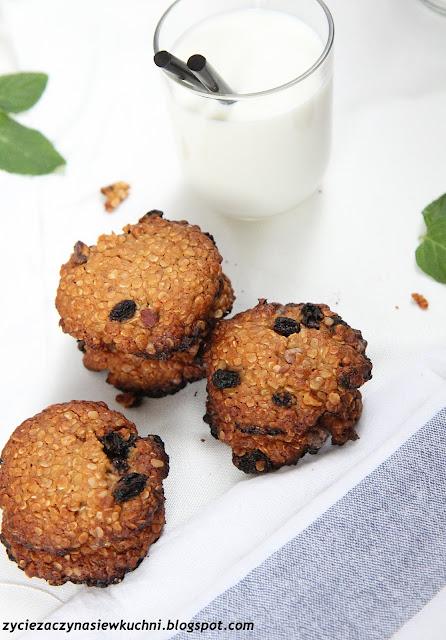 Orzechowe ciasteczka z mąki ryżowej i płatków jęczmiennych