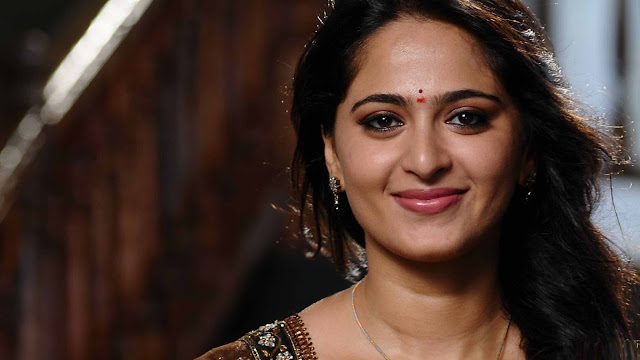Anushka Shetty Images, Hot Photos & HD Wallpapers