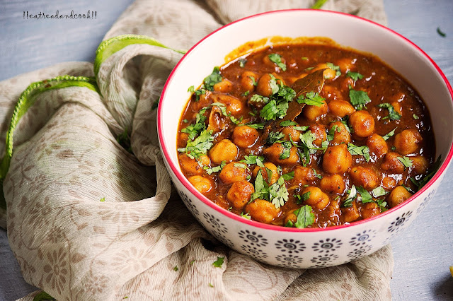 how to make Amritsari Chole recipe and preparation with step by step pictures