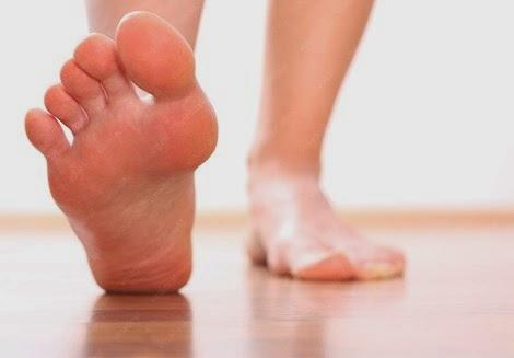 5 thói quen khiến bệnh đau chân cứ theo bạn