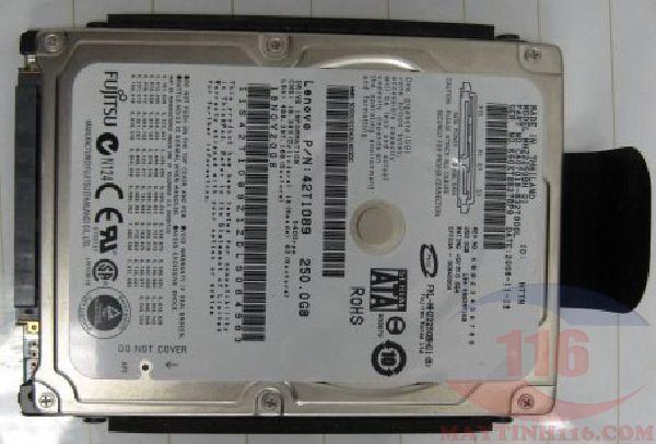 Cứu dữ liệu laptop HP bị rơi hỏng ổ cứng