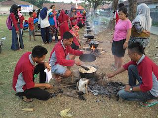 Mencari Indonesia di Pinggiran Kota Karawang