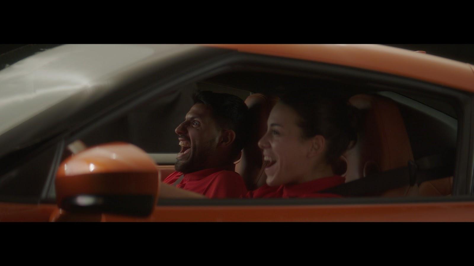 """Η Nissan  """"αλλάζει"""" τον  Gareth Bale με μια… θαυμάστριά του !"""