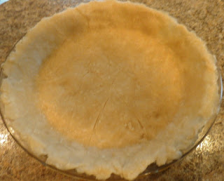 pie crust lined in pie plate
