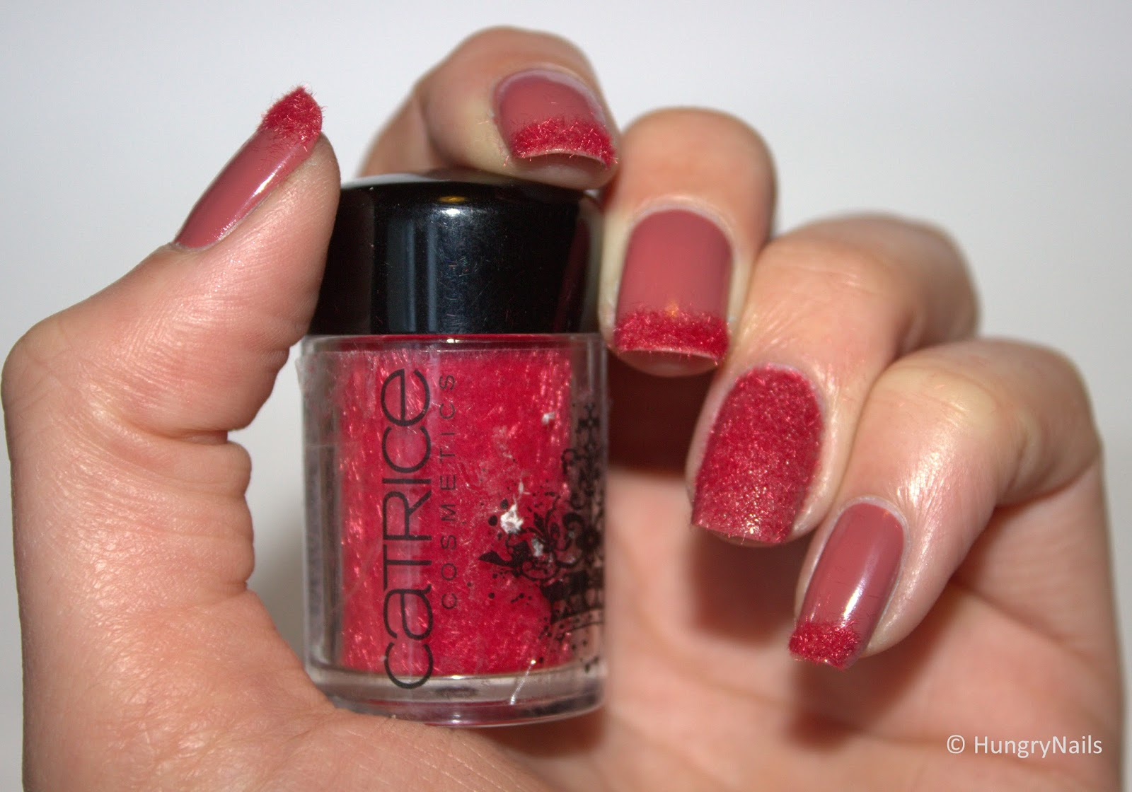 http://hungrynails.blogspot.de/2014/03/french-velvet-nails.html