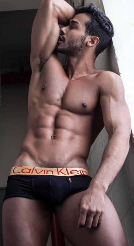 Hot guy with abs having sex, sex mit drilldo