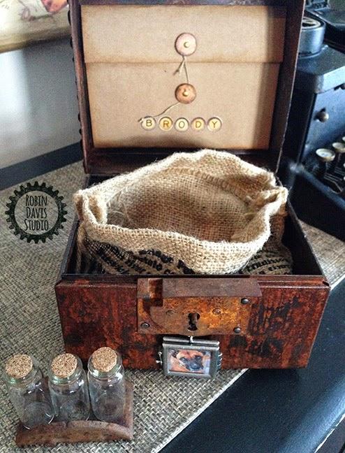 the making of a special Pet Urn - Robin Davis Studio