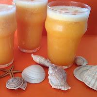Sumo de laranja, meloa e pêssego