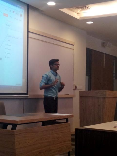 Syed Faizan Ali Explaining how to use blogger