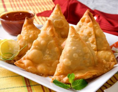TASTY Aloo Chana Samosa Recipe